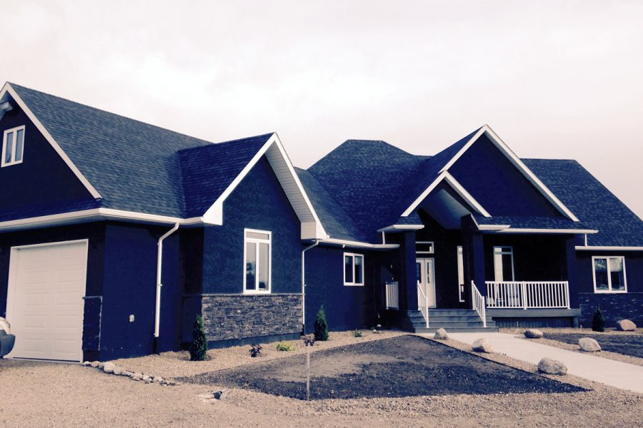 New Yorkton House - Shingles and Eavestroughing